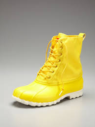 s yellow boots 111 best mellow yellow images on yellow lemon yellow
