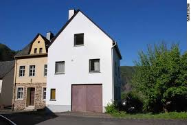 Einfamilienhaus Kaufen Privat Kauf Mosel Immobilienservice Ihr Kompetenter Ansprechpartner