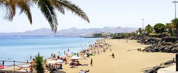 cheap holidays to puerto del carmen on the beach
