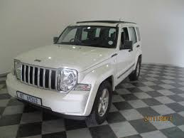 cherokee jeep 2008 used jeep cherokee 2 8 crd limited a t for sale