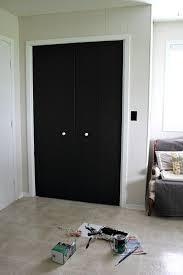 Wall Closet Doors Diy Closet Door Update Turn Plain Doors Into A Chalkboard