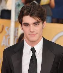 Breaking Bad Wheel Chair Rj Mitte Switched At Birth Actor Switched At Birth Guest Star