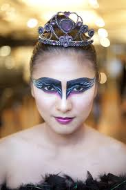 Halloween Makeup Contest by Learn How To Do These Special Effect Halloween Makeup Looks Beau