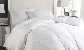 How To Wash A Feather Comforter How To Pick A Down Comforter Overstock Com