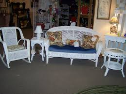 White Wicker Glider Loveseat by Exterior Exciting Wicker Loveseat For Patio Decor U2014 Pichafh Com