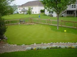 putting green in your backyard backyard