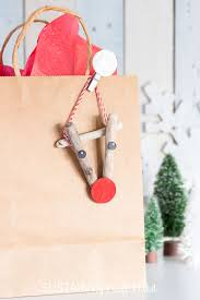 adorable reindeer crafts driftwood ornaments with