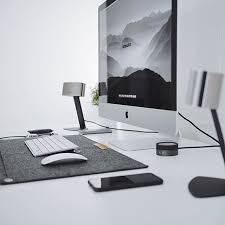 Mac Desk Accessories Best 25 Imac Desk Ideas On Pinterest Office Accessories Computer