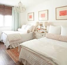 Pretty Guest Bedrooms - best 25 twin bedrooms ideas on pinterest twin girls rooms