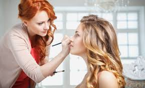Need A Makeup Artist Do I Really Need To Get A Makeup Artist License Trendimi Blog
