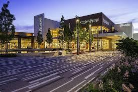shopping mall in oak brook il oakbrook center