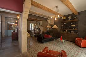 chambres d hotes aux baux de provence chambres d hôtes maison des baux arts chambres et suites maussane