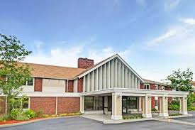 Comfort Inn Providence Rhode Island Pet Friendly Hotels In East Providence Rhode Island Accepting