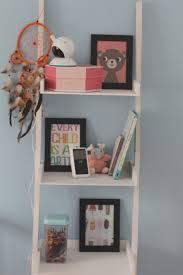 cadre photo chambre bébé chambre de babygirl corail bleu pastel et louise et jeanne
