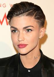 haircut with weight line photo 35 best haircuts for manageable thick hair of any length