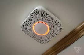 Green Light On Smoke Detector Nest Protect Review The Verge