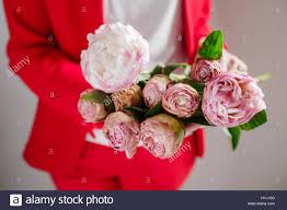 bouquets of flowers luxury bouquets of flowers in the hat box roses in the of