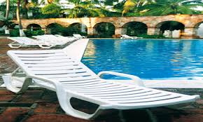 White Resin Chaise Lounge White Resin Outdoor Furniture White Resin Chaise Pool Lounge