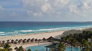 California is it safe to travel to cancun images Mexico on defensive as bookings drop after u s warning travel weekly jpg