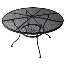 Modern Outdoor Round Table Furniture Round Stainless Patio Dining Table With Shag Area Rug