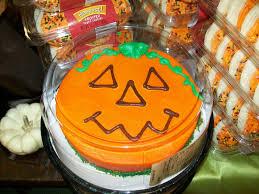 Baskin Robbins Halloween Cakes by Pastel