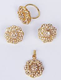 gold set in pakistan emarkaz gold plated flower shaped locket set send gifts to