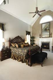 Traditional Bedrooms 30 Glorious Bedrooms With A Ceiling Fan