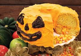 aldi us jack o u0027 lantern piñata cake