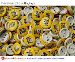 personalized souvenirs personalized button pins pin badges souvenirs corporate