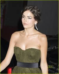 camilla belle sets the standard photo 2448141 2010 met ball