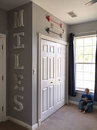 Cool Kids Rooms Decorating Ideas by Best 25 Little Boys Rooms Ideas On Pinterest Little Boy Bedroom