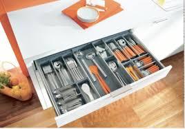 tiroirs cuisine les rangements de tiroir