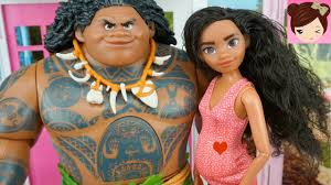 moana is pregnant and has a baby after marrying maui disney