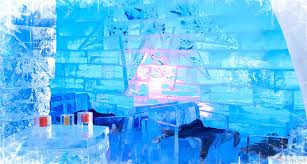 Hotel De Glace Canada Soak Up All The Beauty Of This Romantic Ice Hotel In Quebec Hotel