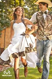 what to wear to a country themed wedding 42 cool camo wedding ideas for country style enthusiasts