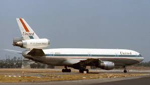 united airlines dc 10 aug u002774 in plane site pinterest