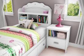 teen bedroom design ideas light blue pattern wallpaper brass