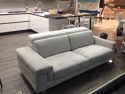 marca divani gallery of divano manhattan divani a prezzi scontati divani di
