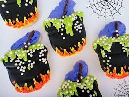 halloween cauldrons worth pinning cauldron cookies