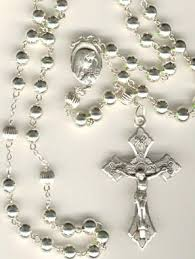 rosary supplies 226 best rosaries images on prayer rosaries and