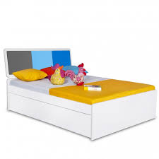 Young America Bedroom Furniture by Young America Single Bed Modern Kids Bedroom Furniture