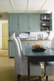 glossy cabinets shine in today u0027s kitchens chicago tribune