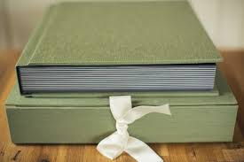 album feature deluxe silk book cloth album green