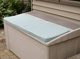 Patio Bench Cushion by How To Make An Outdoor Bench Cushion With Boxing Sailrite