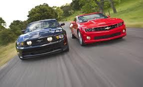 camaro vs mustang 2010 chevrolet camaro ss vs 2011 ford mustang gt
