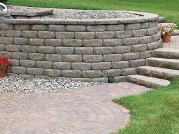 diamond stone cut retaining wall system casual face