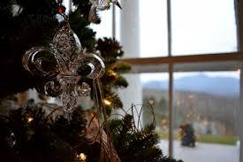 holiday decorations at westglow westglow resort spa holiday decorations at westglow tree2016 rolands christmas 2016 blueridgeparlorchristmas2016 mantle 2016 fleurornament2016