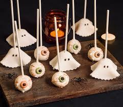 halloween cake pops eyeballs ruth clemens thepinkwhisk twitter