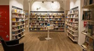 librerie in franchising le foto della nuova libreria feltrinelli ri apre nel cuore