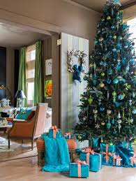 Teal Blue Christmas Tree Decorations by Last Minute Tree Decorating Ideas For An Enchanting Christmas